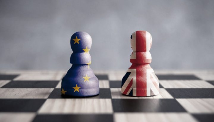 blog-brexit-chess-pieces-SH001