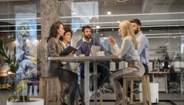 blog-business-meeting-IS001